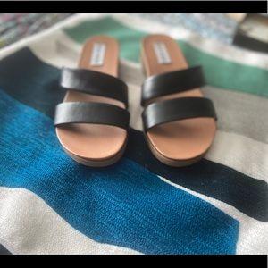 Steve Madden Sandals Size 5.5